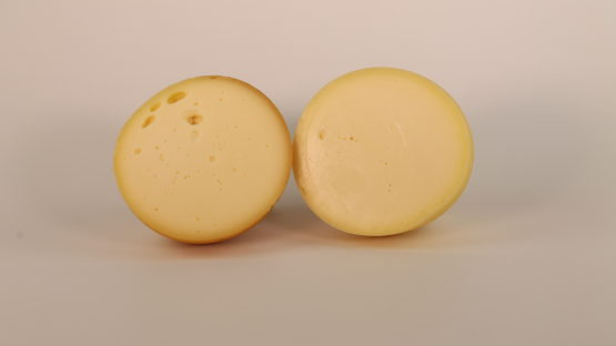 Cacio di Mucca and Cacio di Mucca affumicato